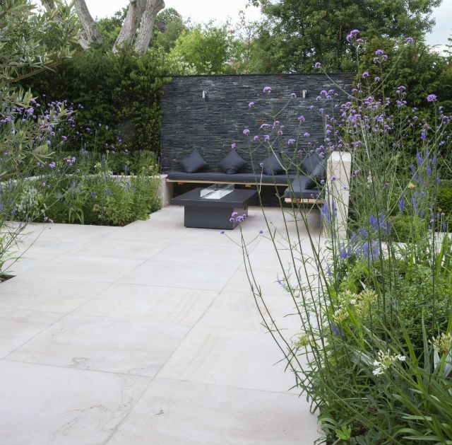 Feature Image Contemporary Living Garden and Courtyard Shenfield Essex
