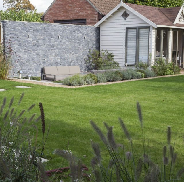 Featured Image Contemporary Garden Chelmsford Essex