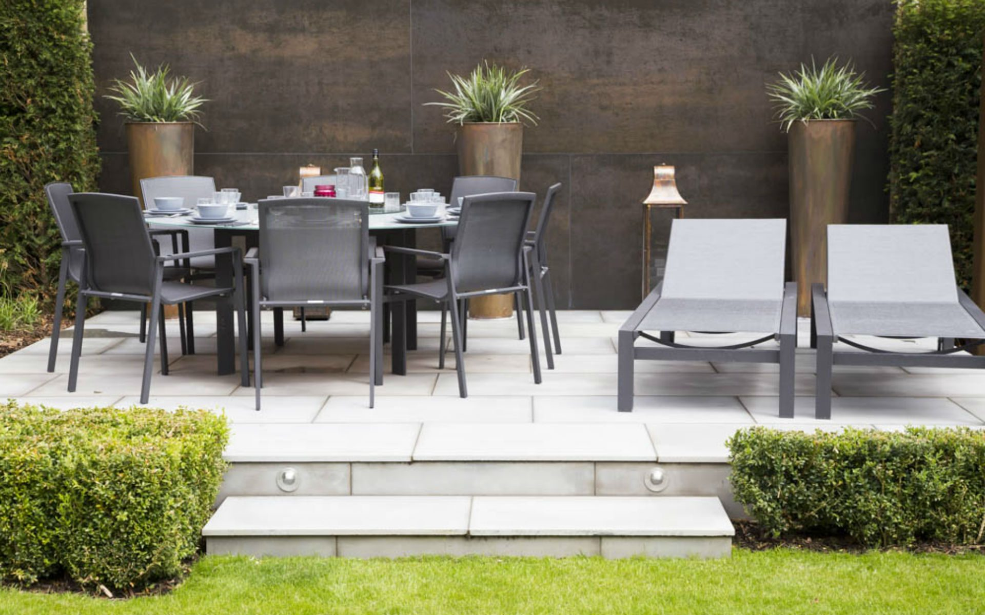 Portfolio BALI Award Winning Small Urban Garden Beaulieu Chelmsford Essex Dining and Sunlounge Area