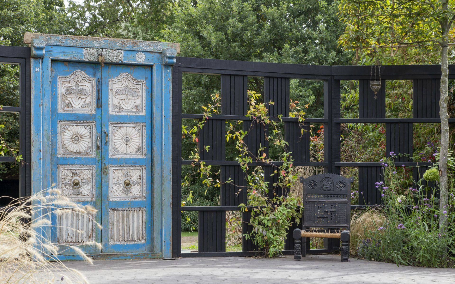 Portfolio Chic Entertaining Courtyard Garden Danbury Essex Vintage Indian Carved Door Garden Screen