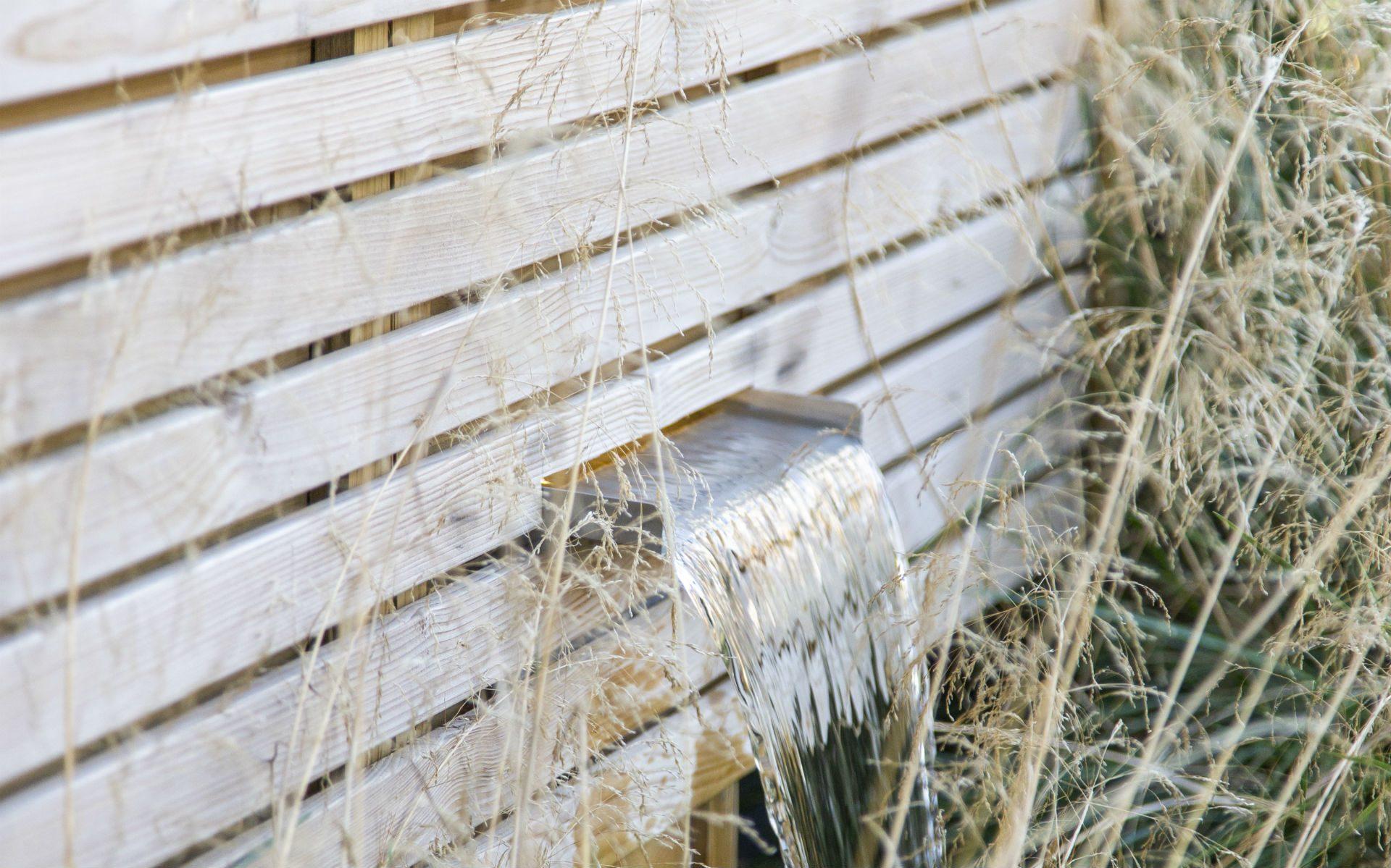Portfolio Small Urban Garden Beaulieu Essex Water Blade Feature Slatted Fence