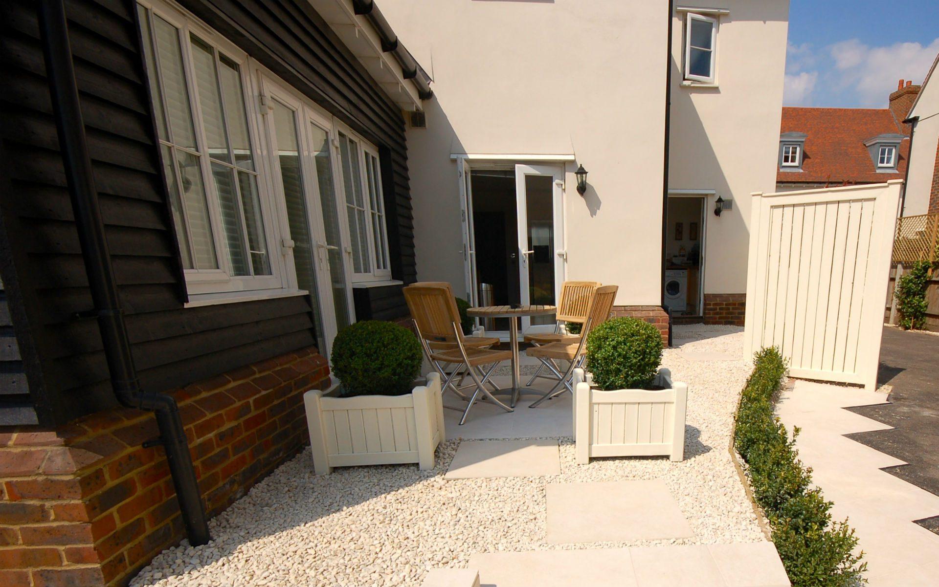 Contemporary Small Urban Garden Springfield Essex Courtyard to Front