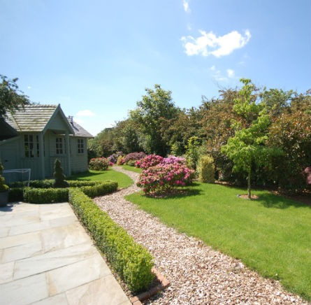 Feature Image Traditional Country Estate Pool House Bark Mulch Path Cottage Planting