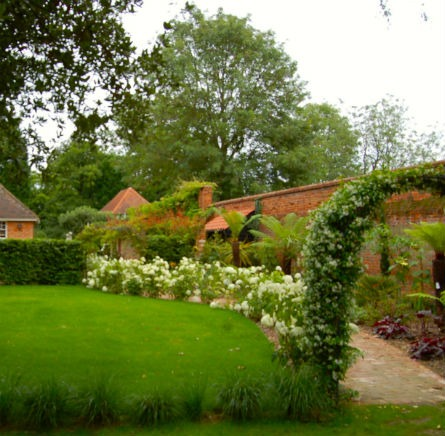 Feature Image Traditional Country Garden Fryerning Essex Climbing Arch