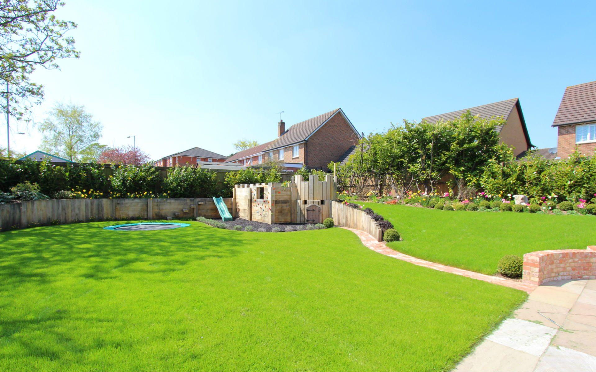 Traditional Cottage Garden Bespoke Oak Fort Retaining Walls