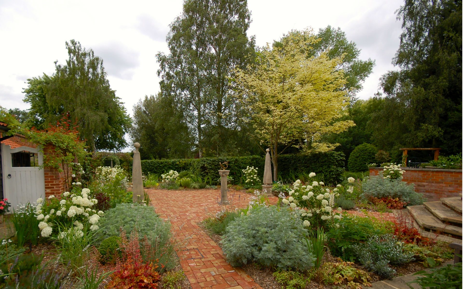 Traditional Country Garden Fryerning Essex Courtyard