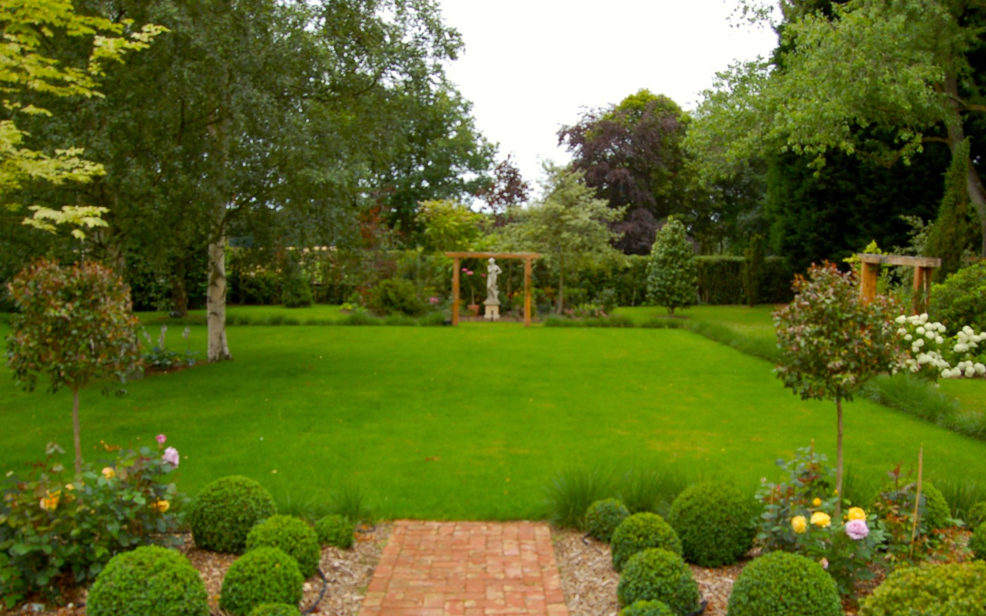 Traditional Country Garden Fryerning Essex Formal Lawn