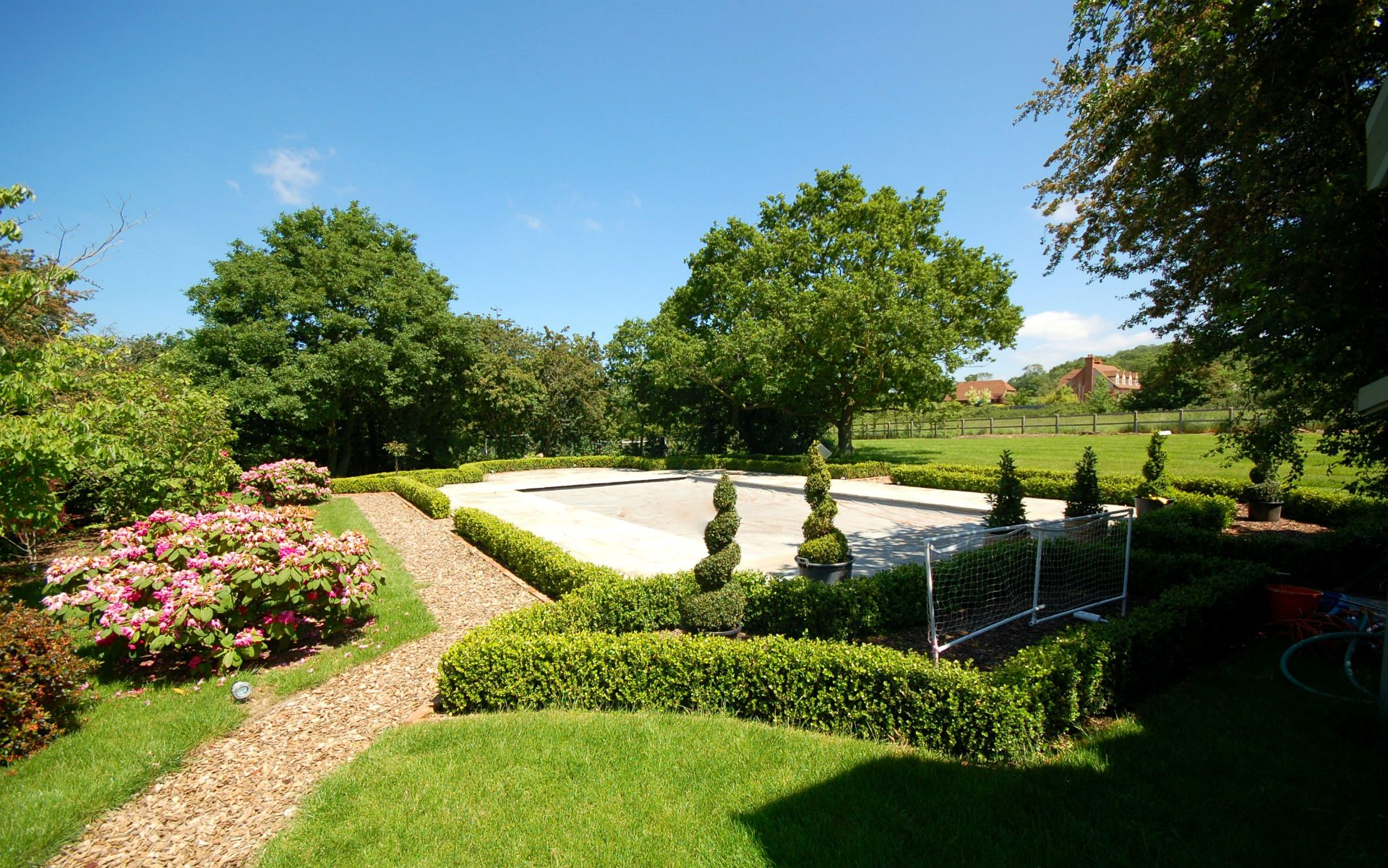 Traditional Country Estate Pool Area Traditional Planting