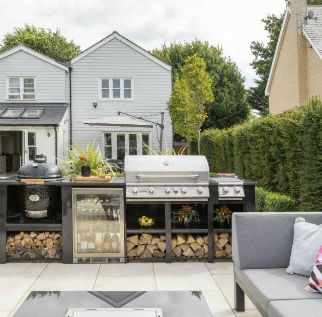 Contemporary Outdoor Kitchen Garden Essex