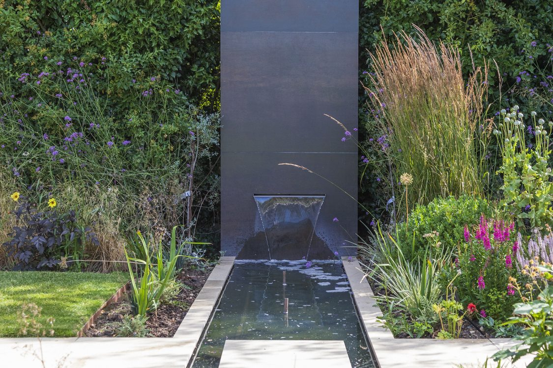 Contemporary Outdoor Living Wickham Bishops. Design and Build Cube 1994 Ltd. Bespoke Water Feature Rill